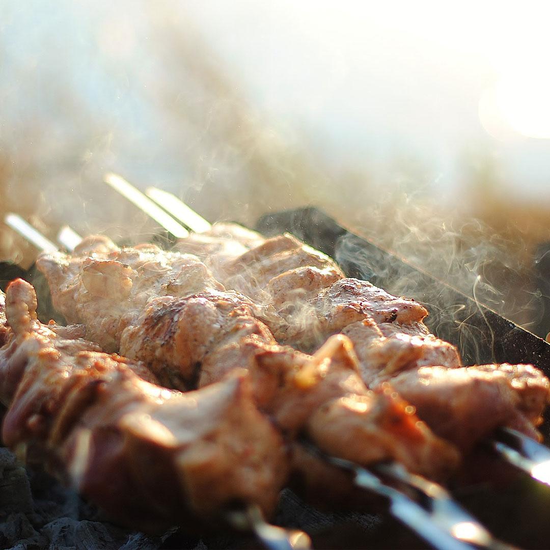 Et Yemekleri ve Paslanmaz Şiş Kullanımları